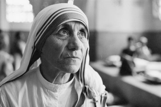 1911_Library_talks_mother_teresa